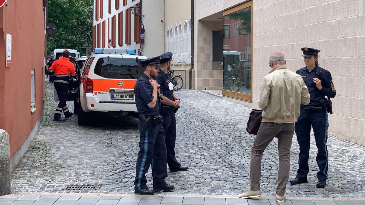 Viele Polizisten in der Regensburger Innenstadt wegen des Besuchs des emeritierten Papsts Benedikt XVI.