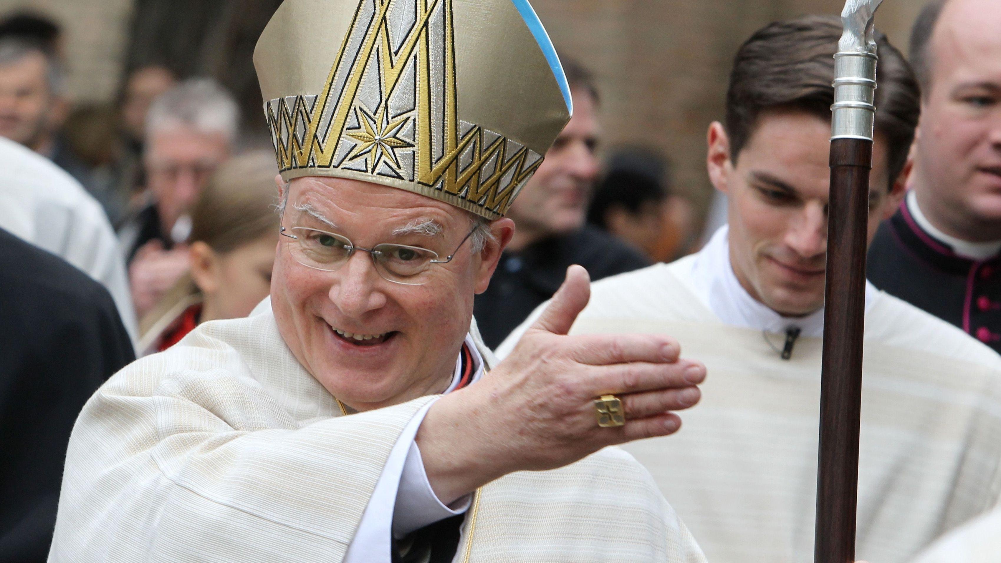 Bischof Zdarsa bei Amtseinführung in Augsburg