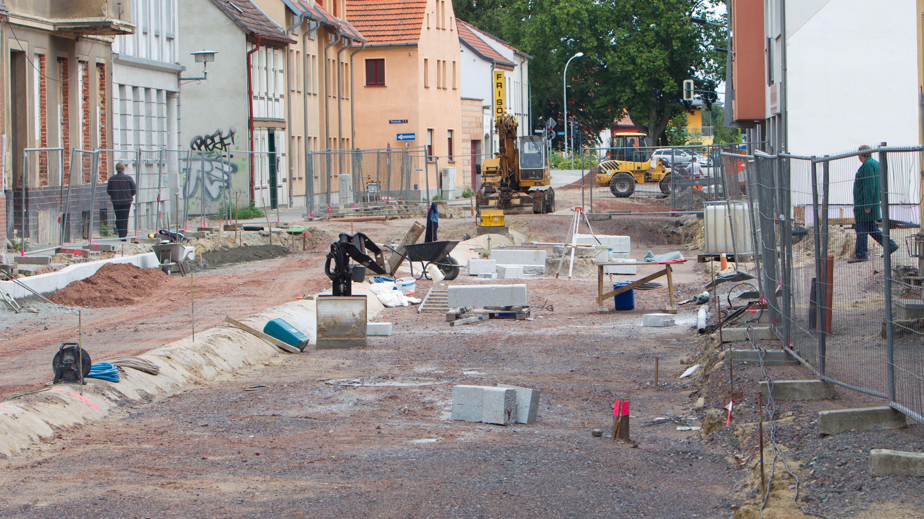 Straße wird ausgebaut