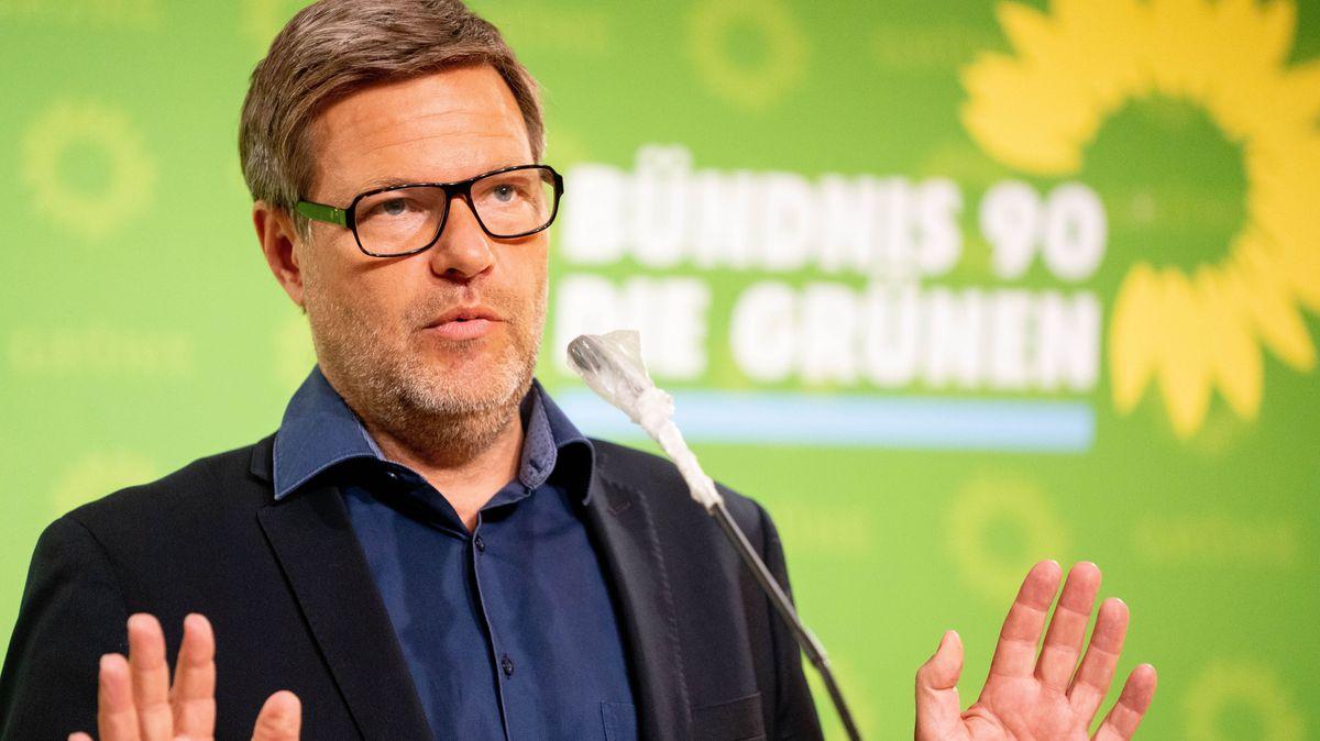 Die Corona-Warn-App bleibt freiwillig. Der Parteichef der Grünen, Robert Habeck, fordert darüber ein Gesetz.