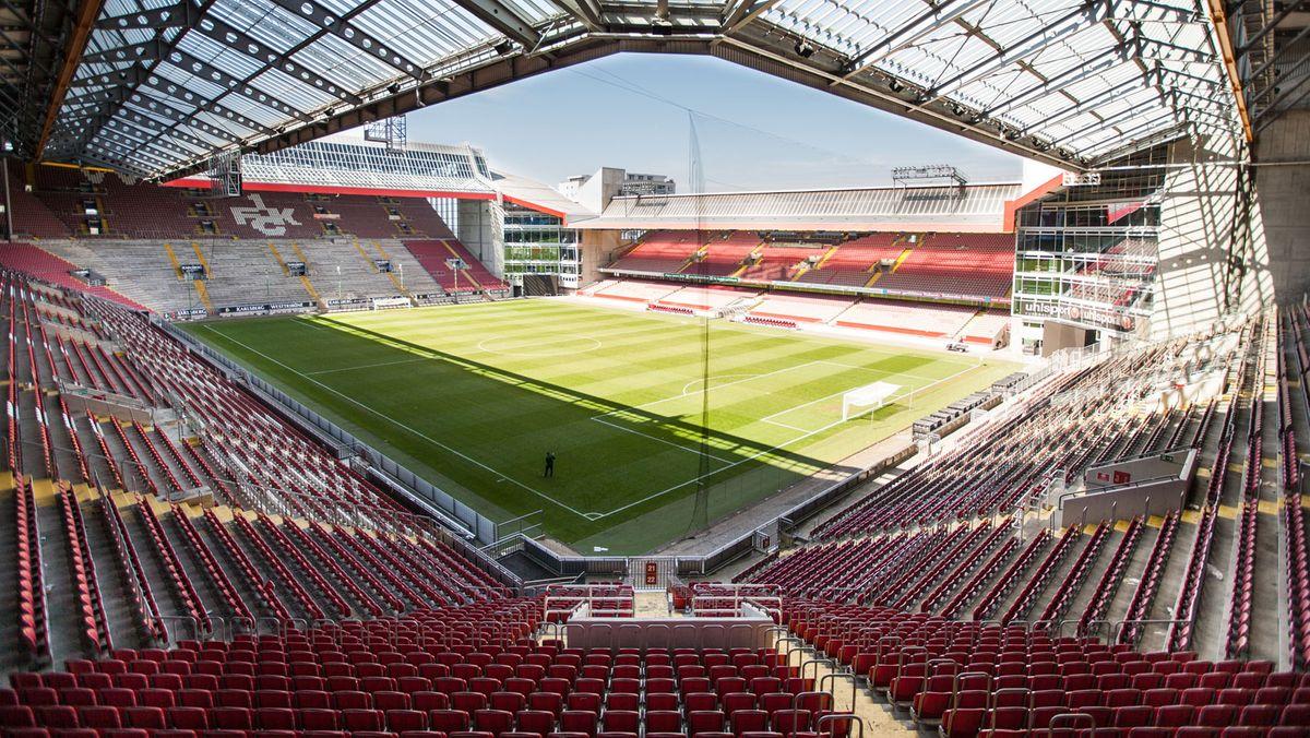 Die Partie am 13. September im Fritz-Walter-Stadion in Kaiserslautern gegen den Jahn Regensburg müsse ohne Zuschauer stattfinden.