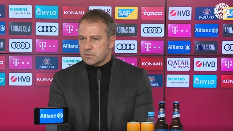 Bayern-Trainer Hansi Flick in der Pressekonferenz