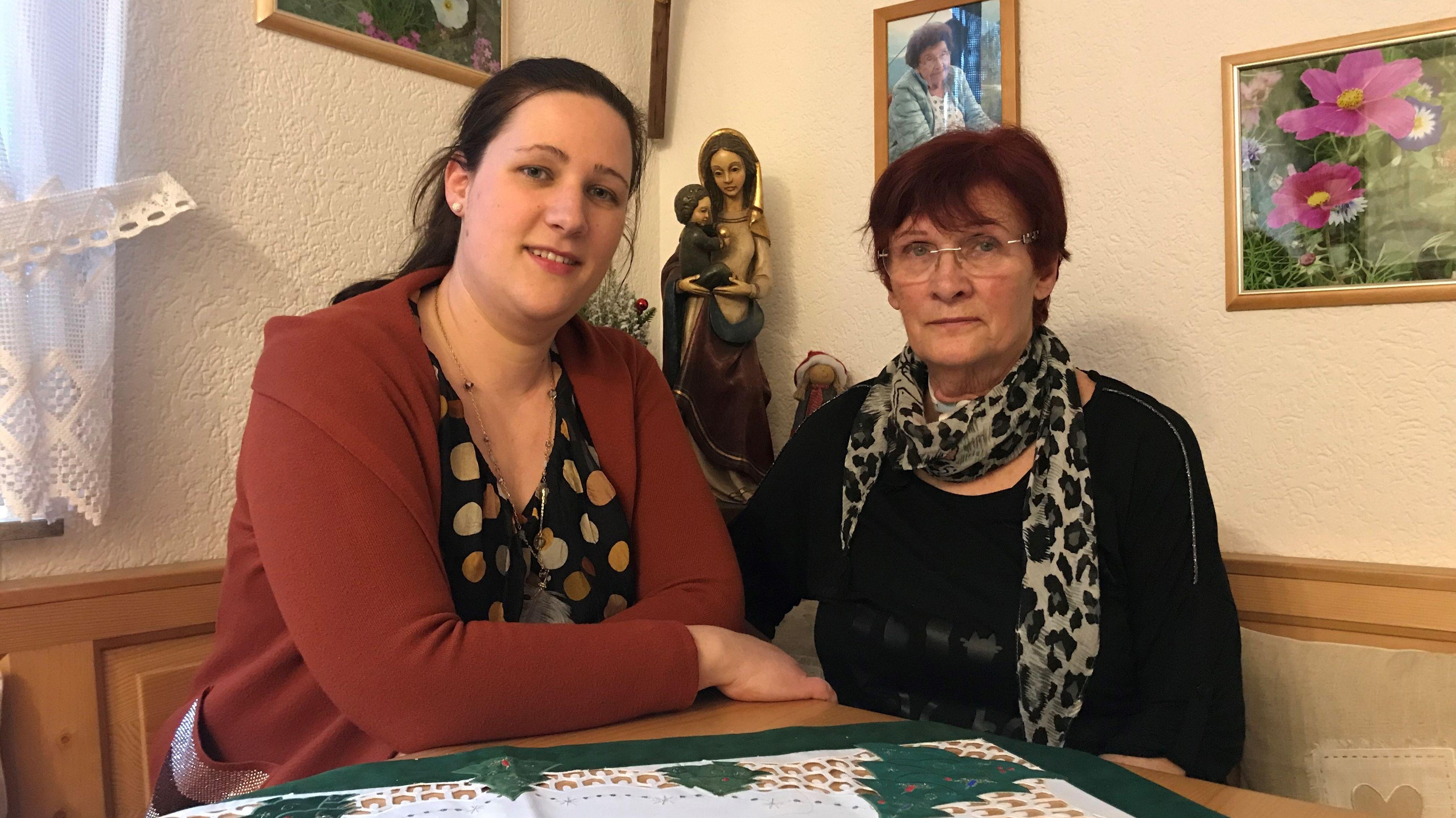 Judith Vogt mit ihrer Mutter in Würzburg