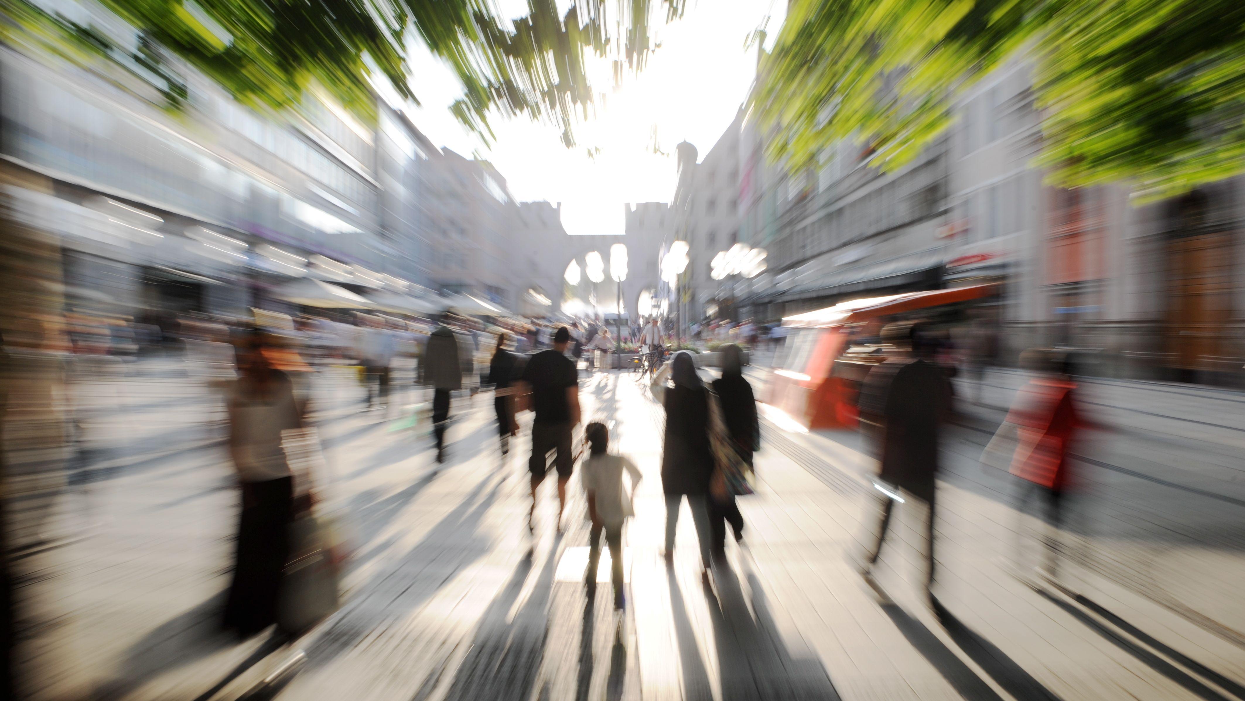 Menschen in der Kaufingerstraße in München (Symbolbild)