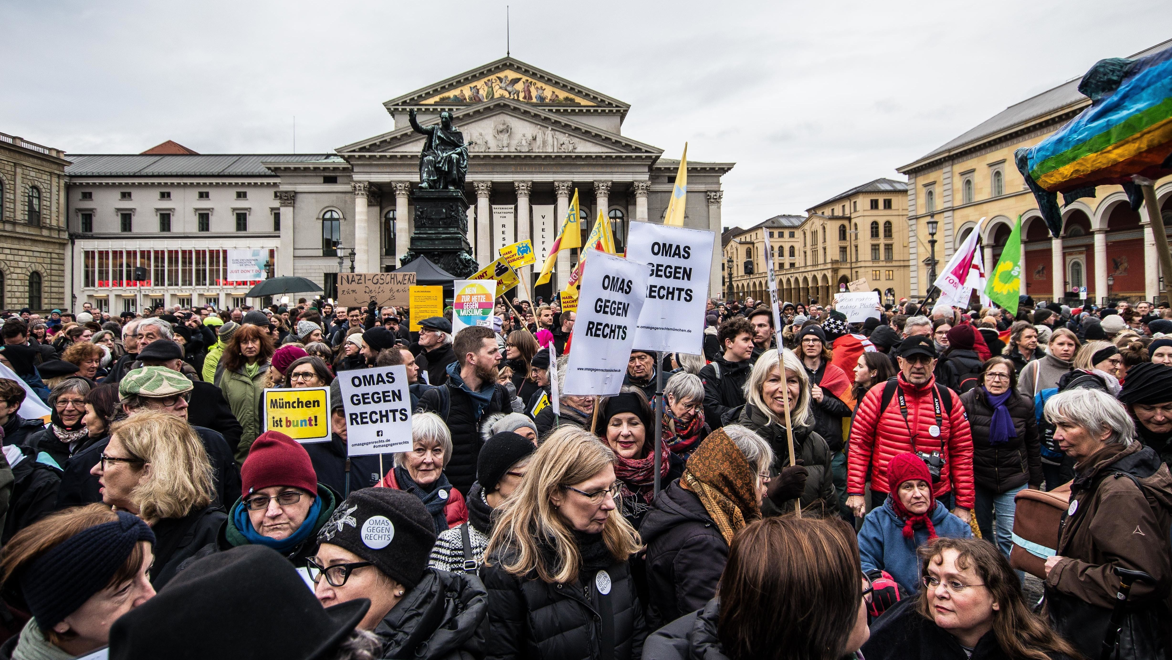 München-Demo: 5.500 Menschen protestieren gegen Rechts