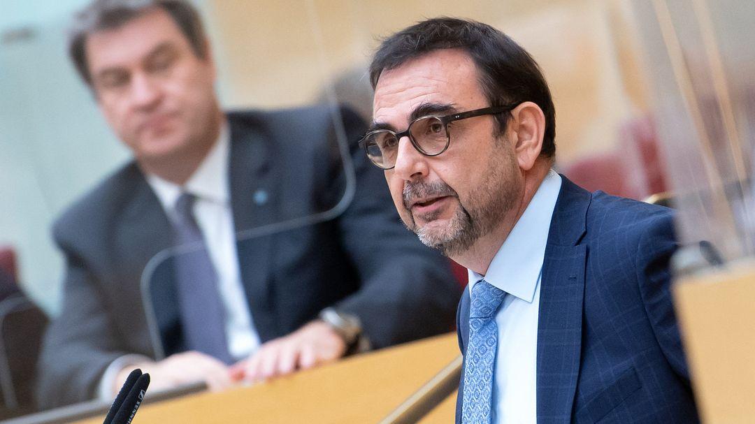 Gesundheitsminister Holetschek im Landtag