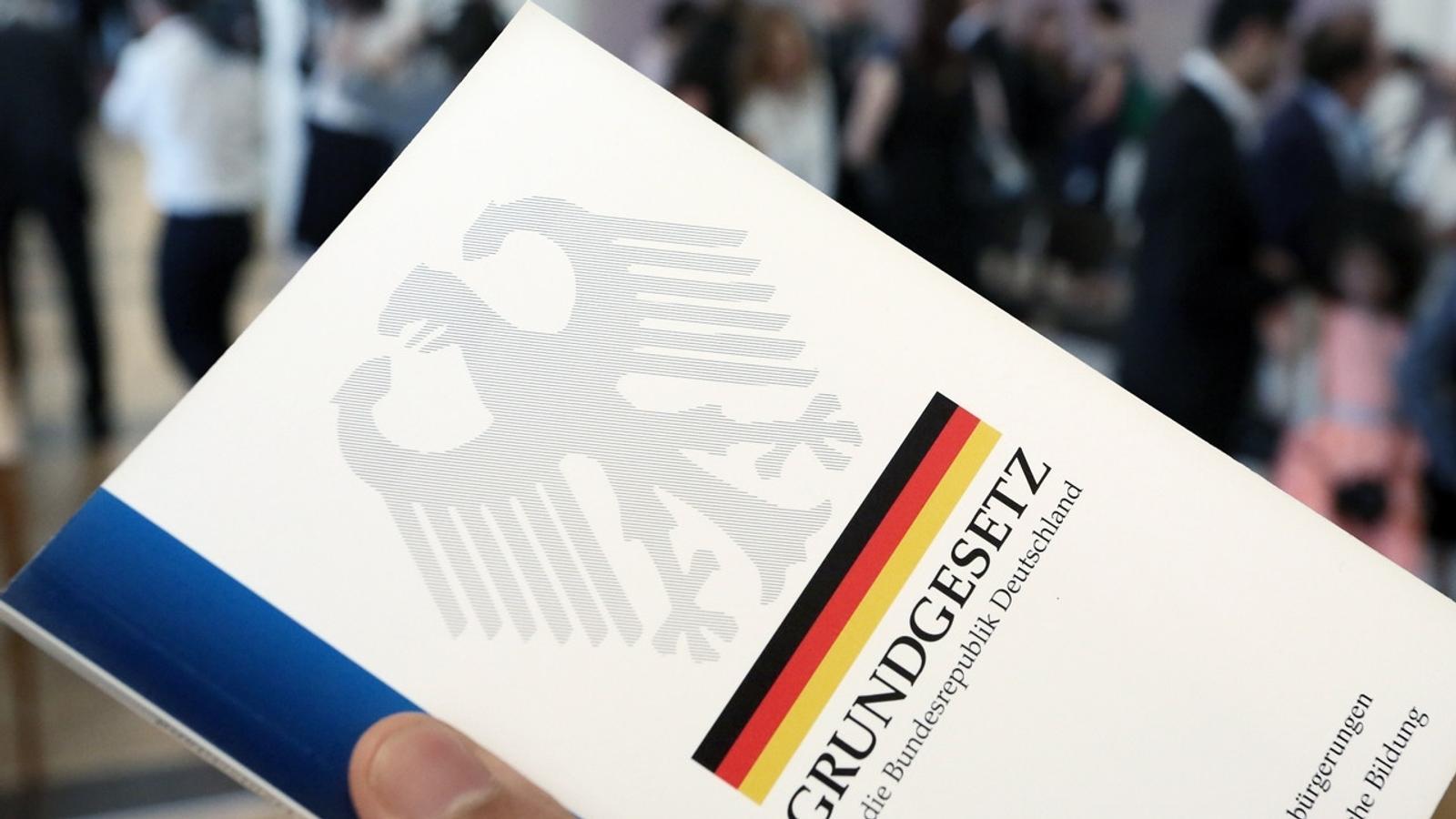 Von Deutschen Werten Und Gesetzen Br24