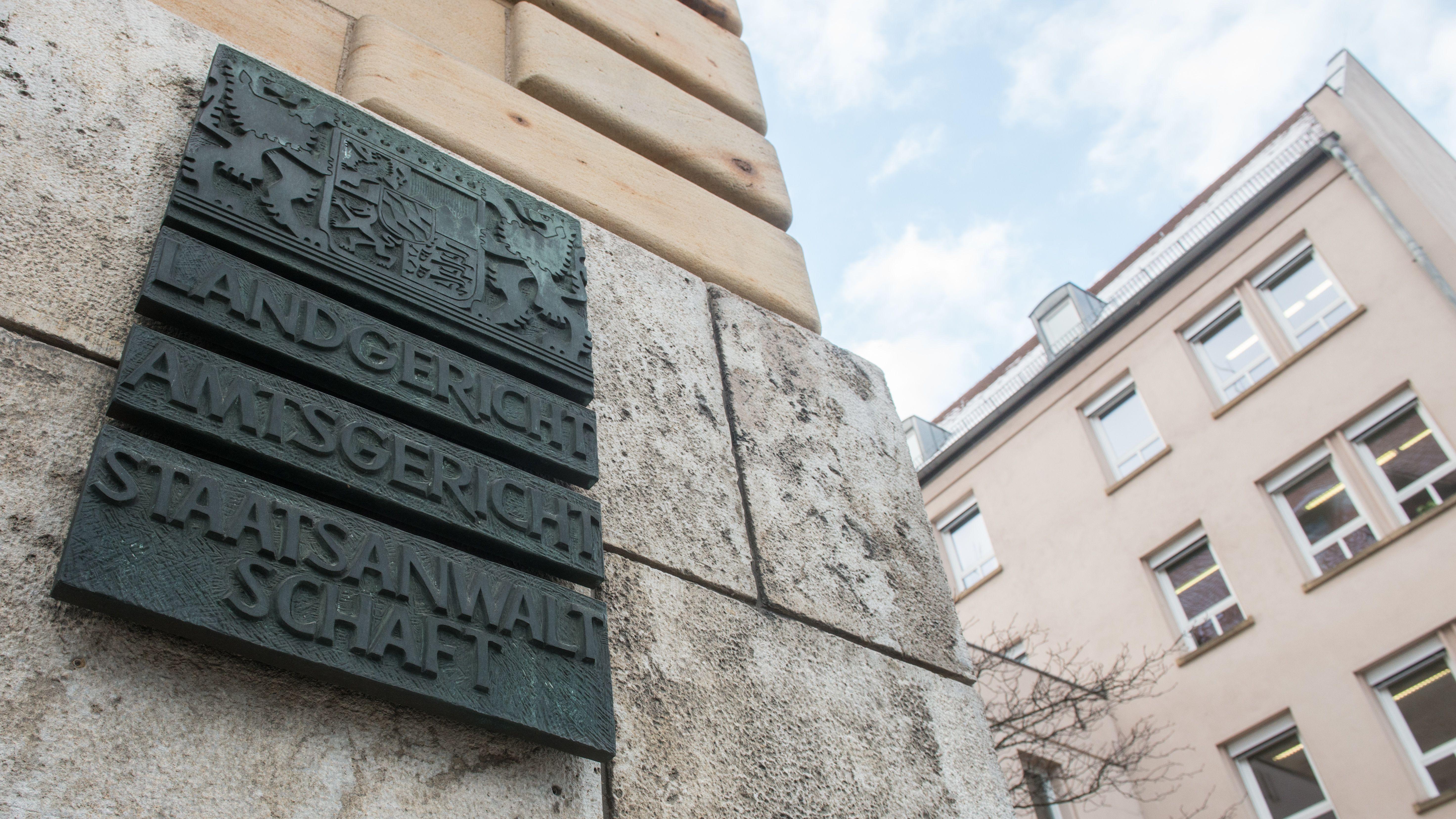 Schild Landgericht Regensburg