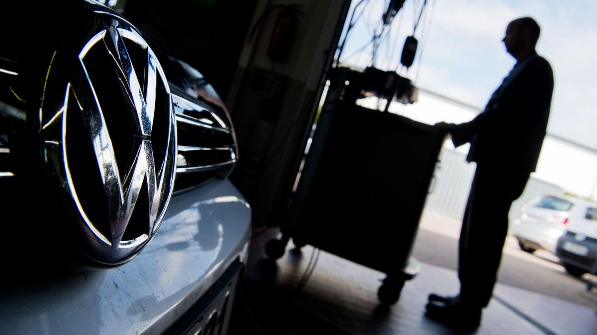 VW hat nicht nur beim Motor EA 189 illegale Abschalteinrichtungen eingesetzt, sondern auch beim Nachfolger EA 288. Damit sind jetzt auch vermeintlich saubere Euro-6-Diesel betroffen.