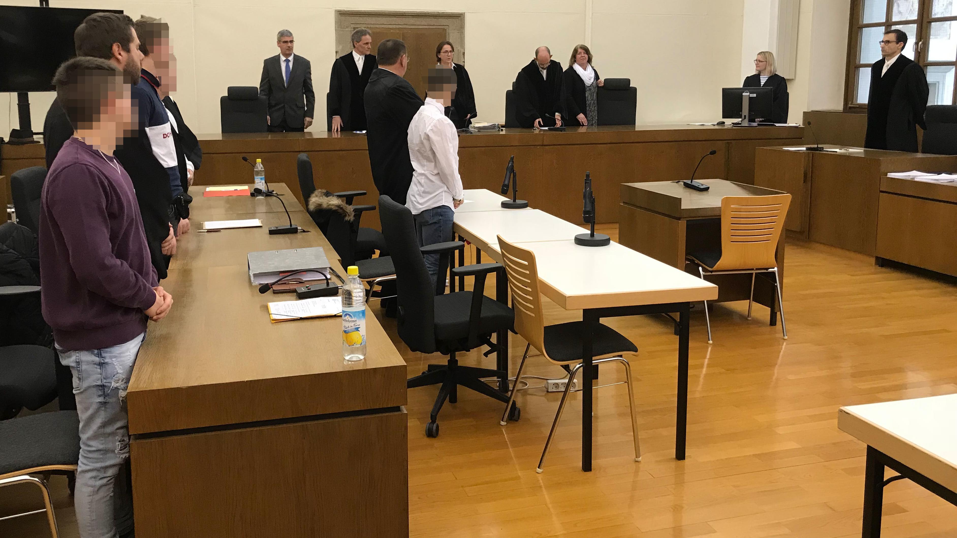 Die vier Angeklagten: Der Prozess in Passau hatte gut zwei Monate gedauert