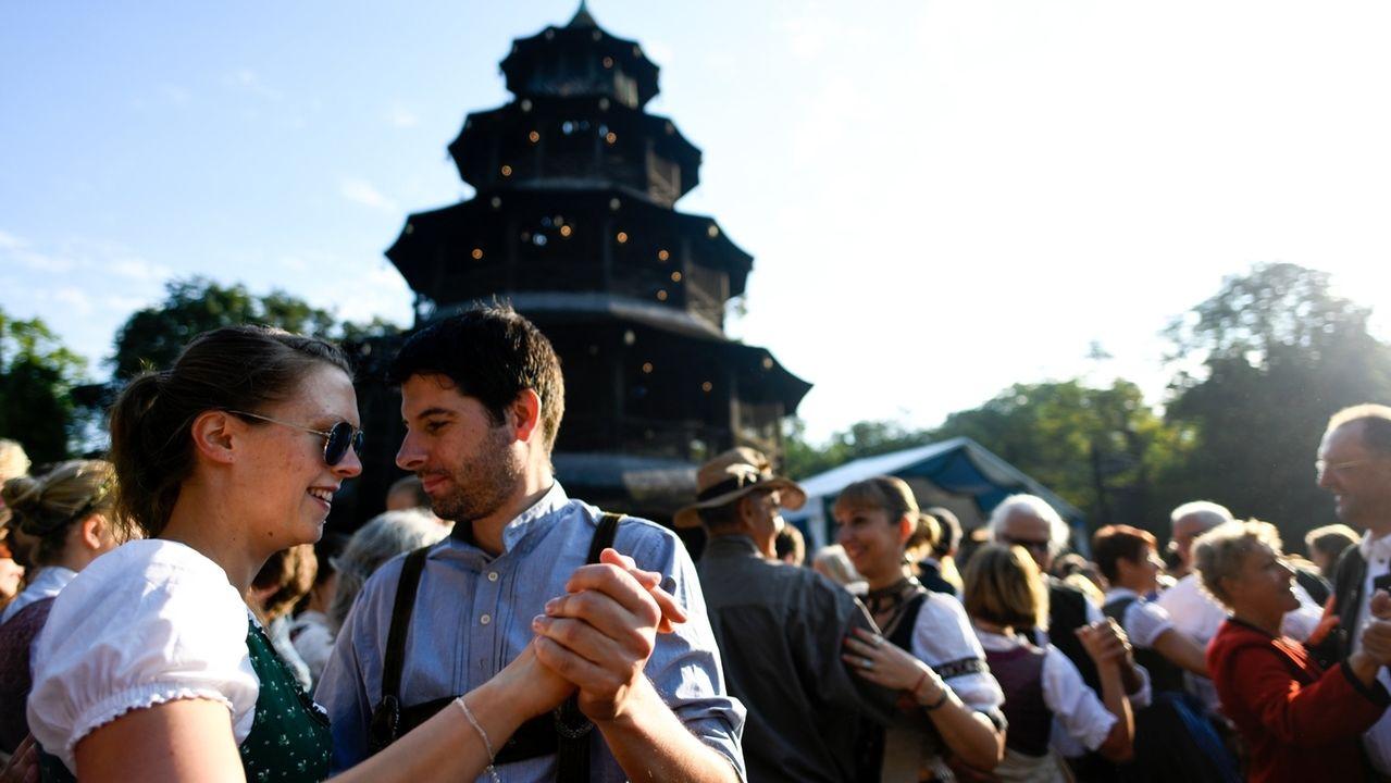 Kocherlball am Chinesischen Turm 2018.