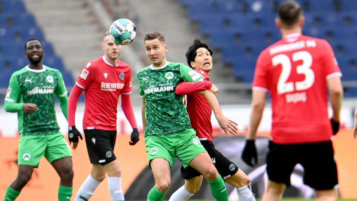 Spielszene Hannover 96 - SpVgg Greuther Fürth