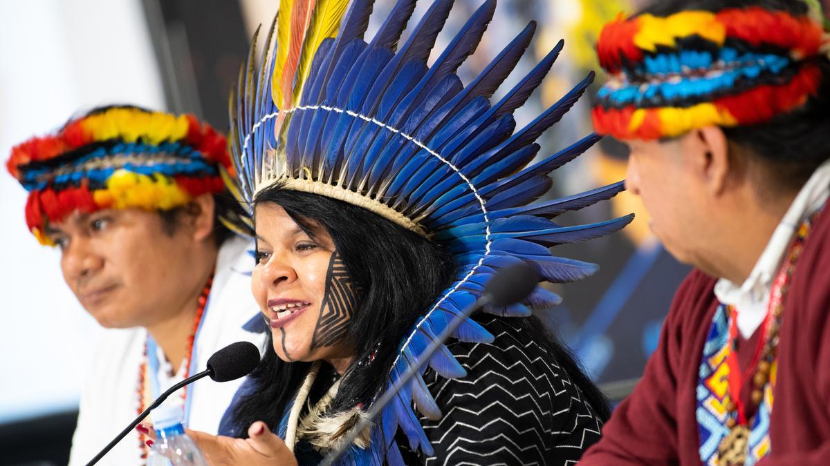 """Sonia Guajajara, brasilianische Umweltaktivistin, spricht zum Thema """"Indigene Völker"""" bei der UN-Klimakonferenz in Kattowitz."""