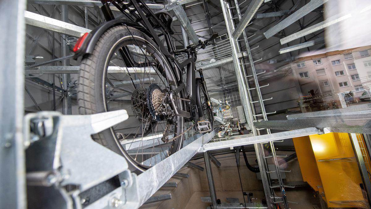 Vollautomatisches Fahrradparkhaus in Reutlingen