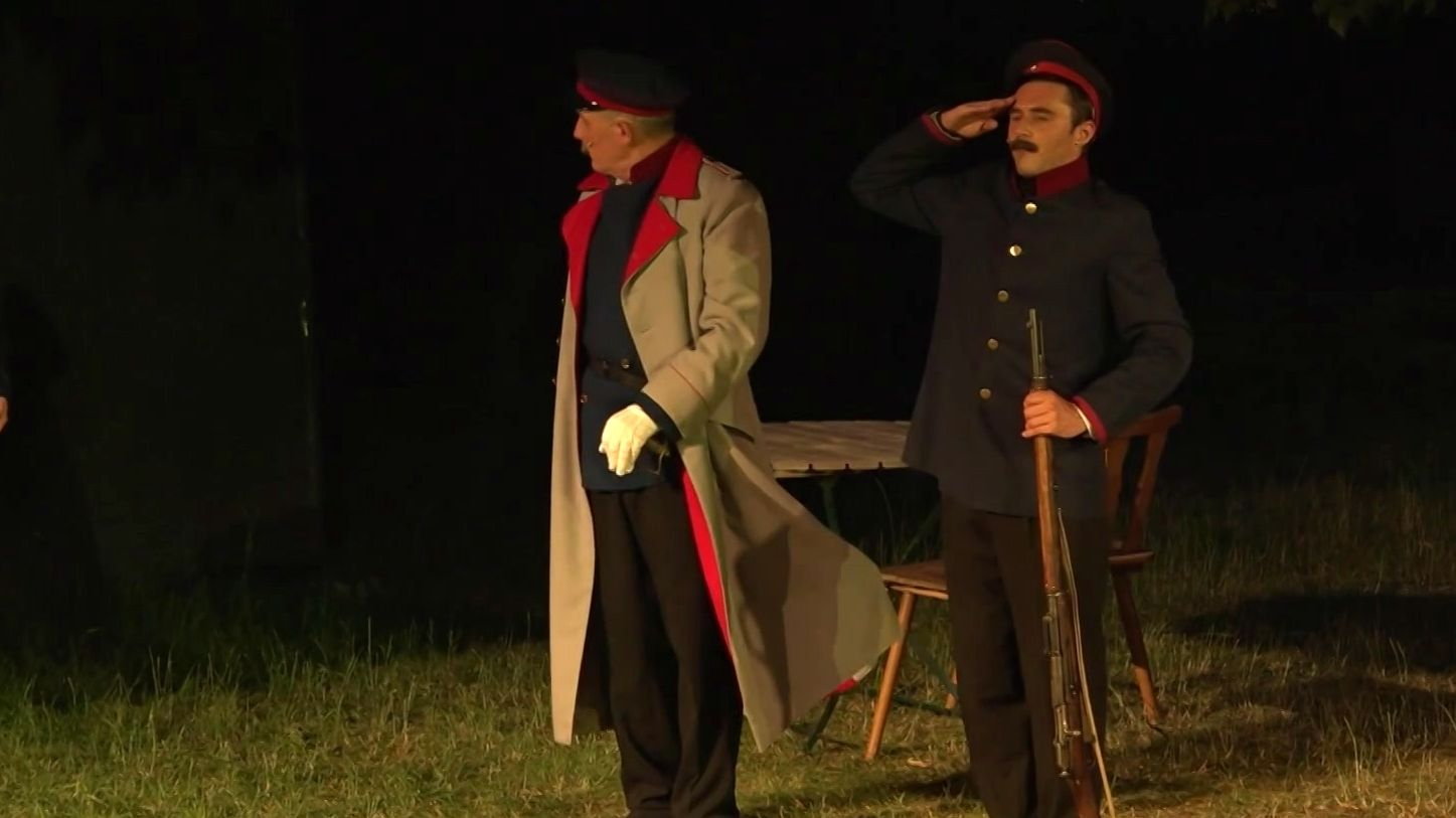 Schauspieler proben für die Rosenberg Festspiele