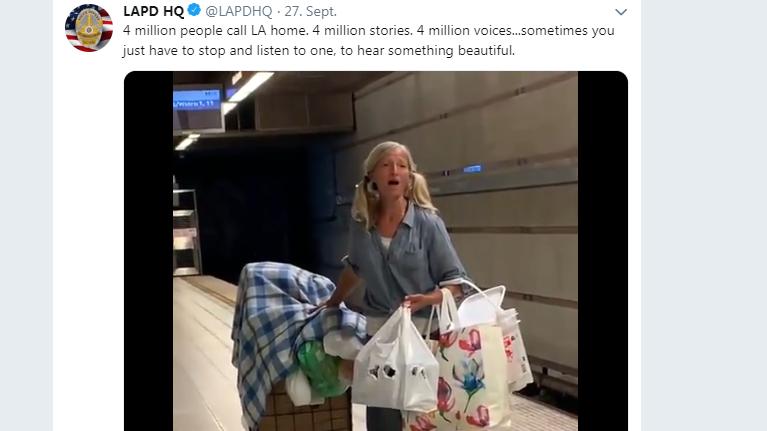 Screenshot von der Twitter-Seite des Los Angeles Police Department mit dem Gesangsvideo einer Obdachlosen