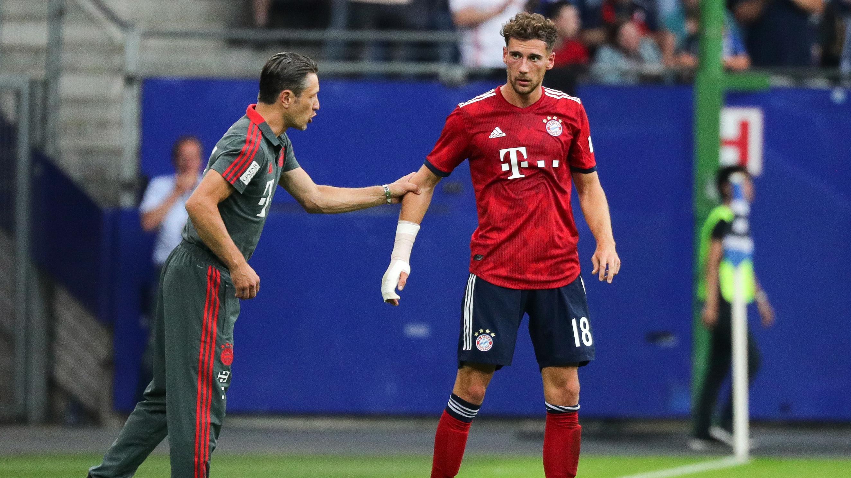 Bayern-Trainer Niko Kovac (links) und Leon Goretzka während eines Spiels