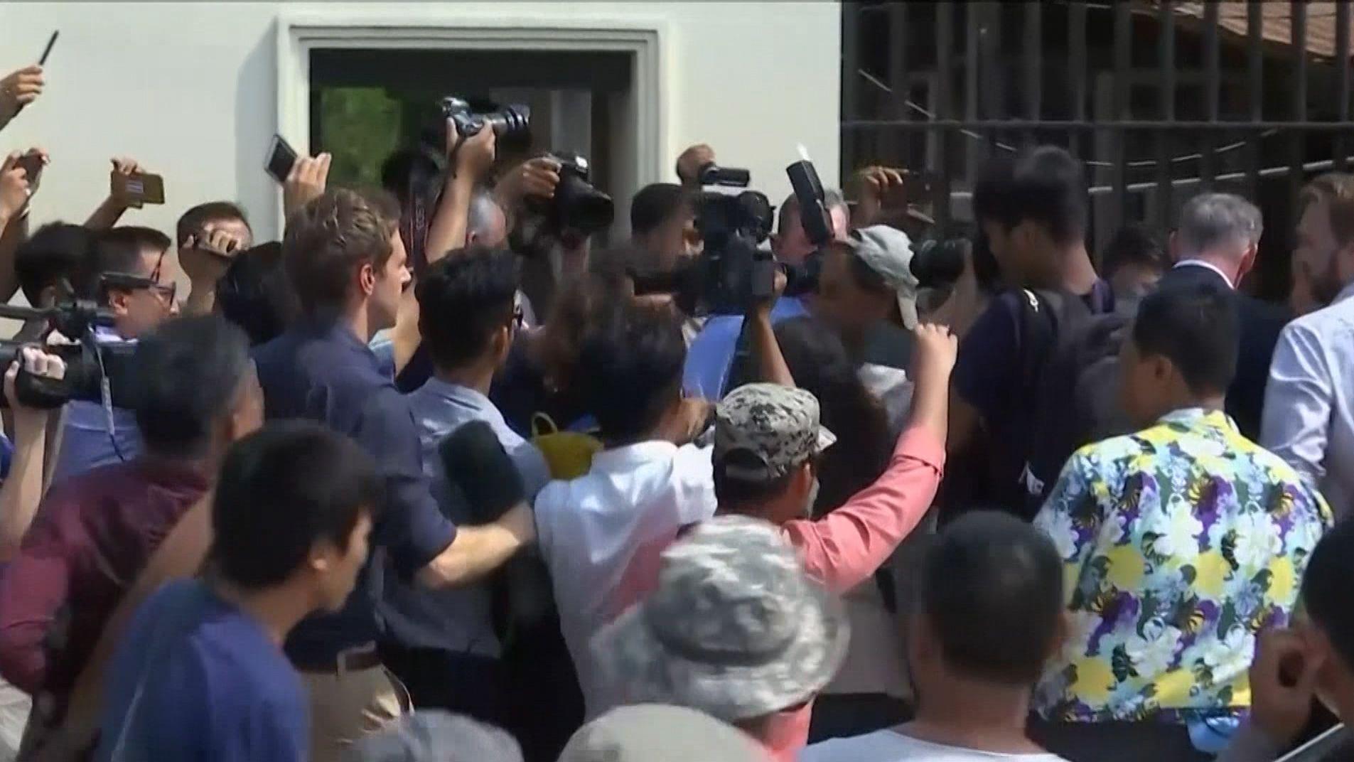 Begnadigung: Myanmar lässt Reuters-Reporter frei