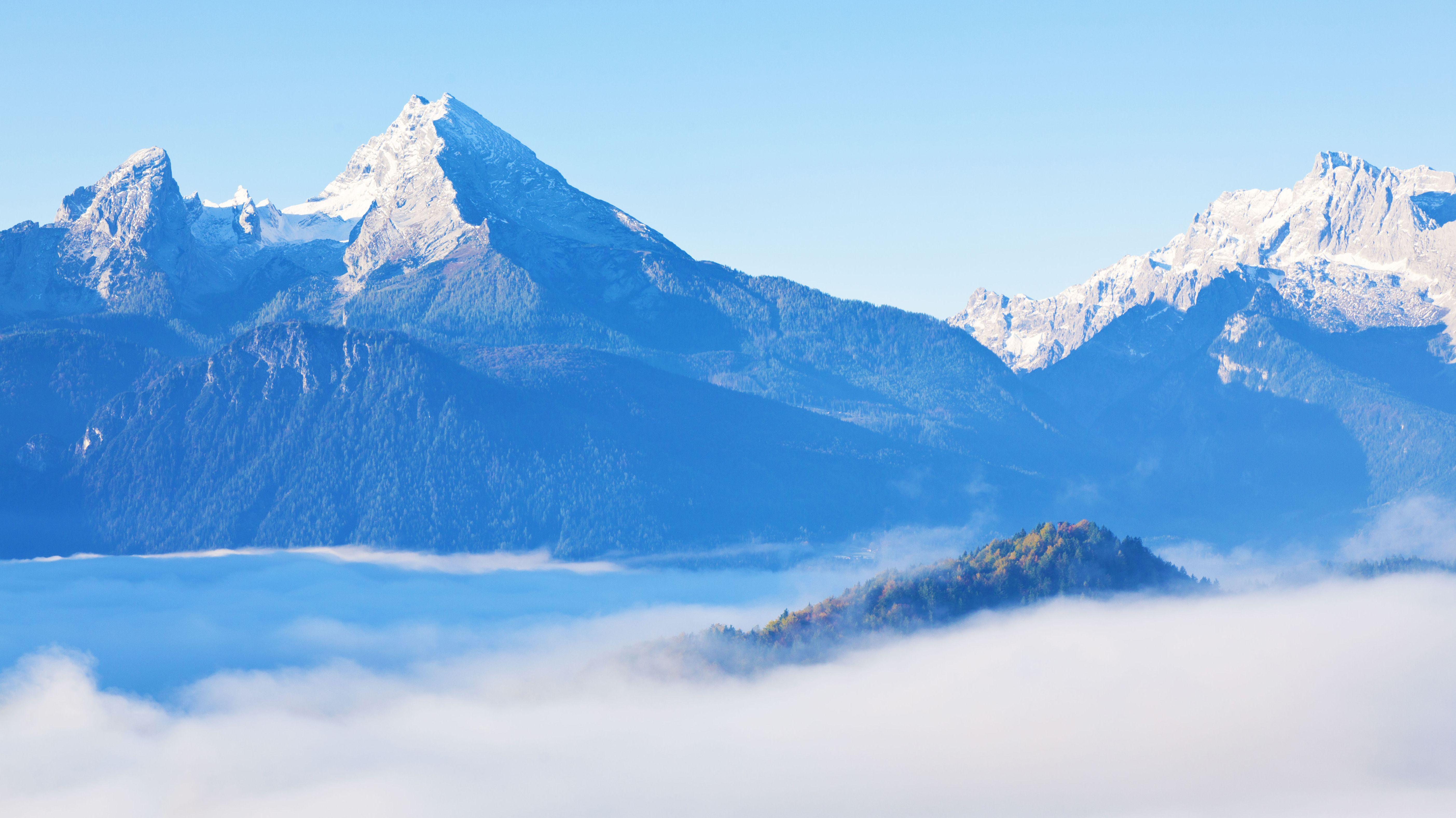 Watzmann und Hochkalter über Berchtesgaden