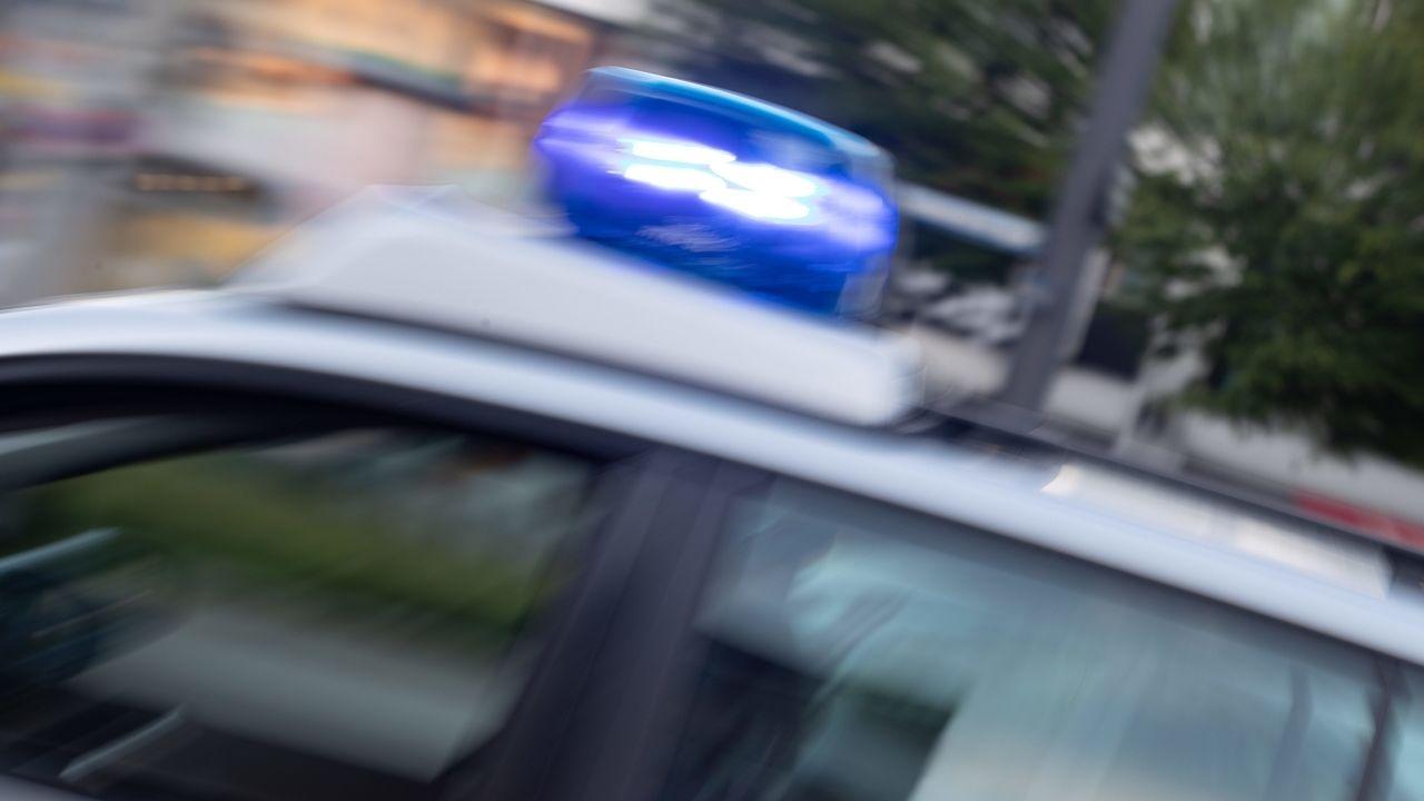 Symbolbild Großeinsatz für Polizei und Rettungskräfte in Mühldorf in der JVA