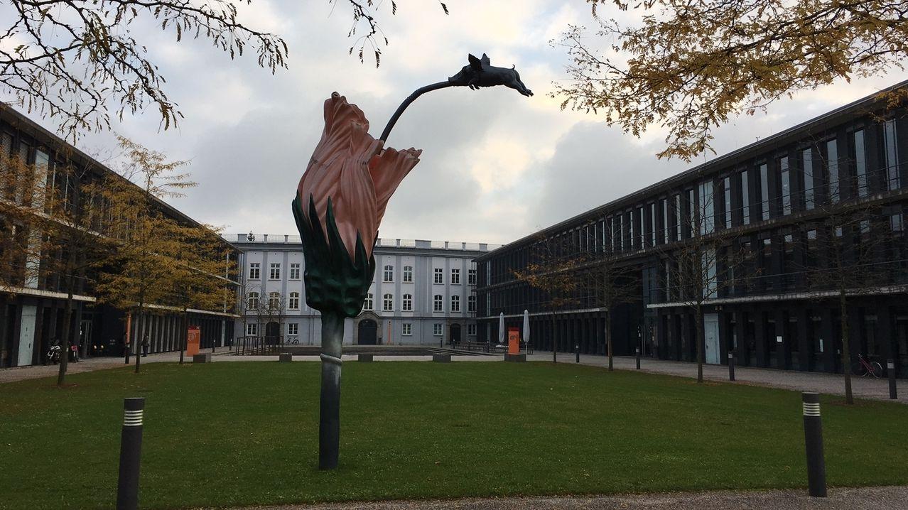 Hochschule für angewandte Wissenschaften Augsburg.