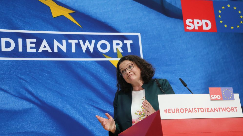 SPD-Chefin Andrea Nahles nach der Europawahl   Bild:picture alliance/Wolfgang Kumm/dpa