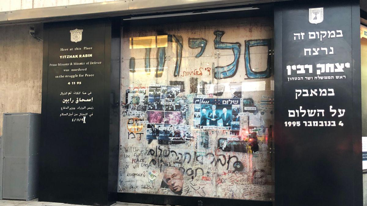Mahnmal zum Gedenken an Jitzchak Rabin.