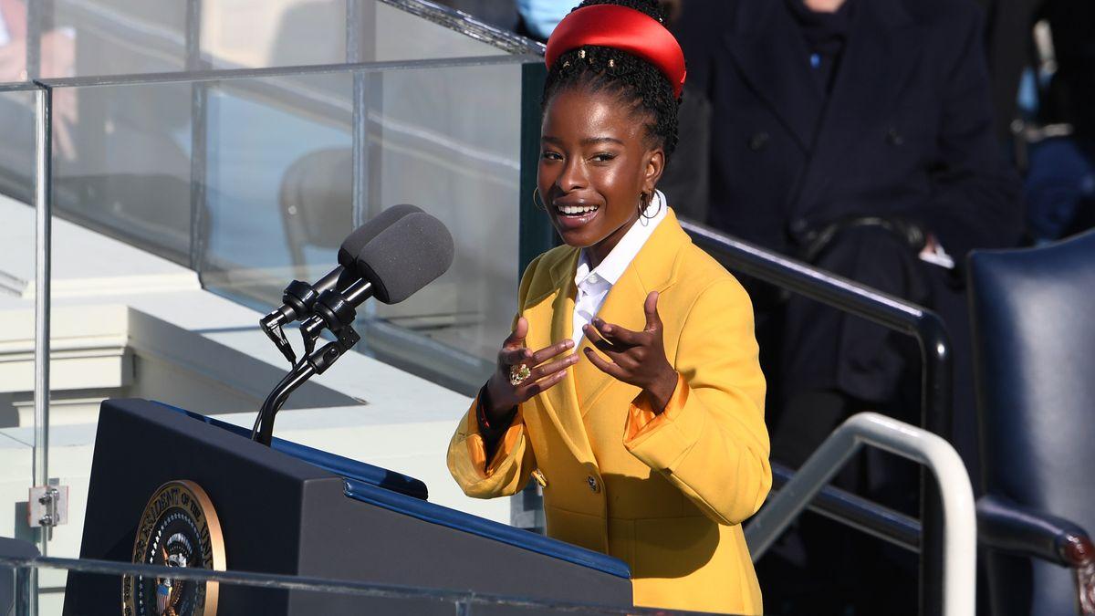Die Dichterin am Rednerpult am 20. Januar.