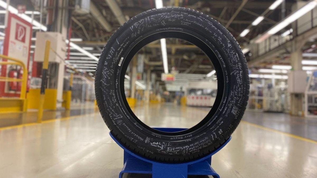 Der französische Automobilzulieferer Michelin beendet die Reifenproduktion in Hallstadt bei Bamberg. Am 17.12.20 rollte der letzte Reifen vom Band.