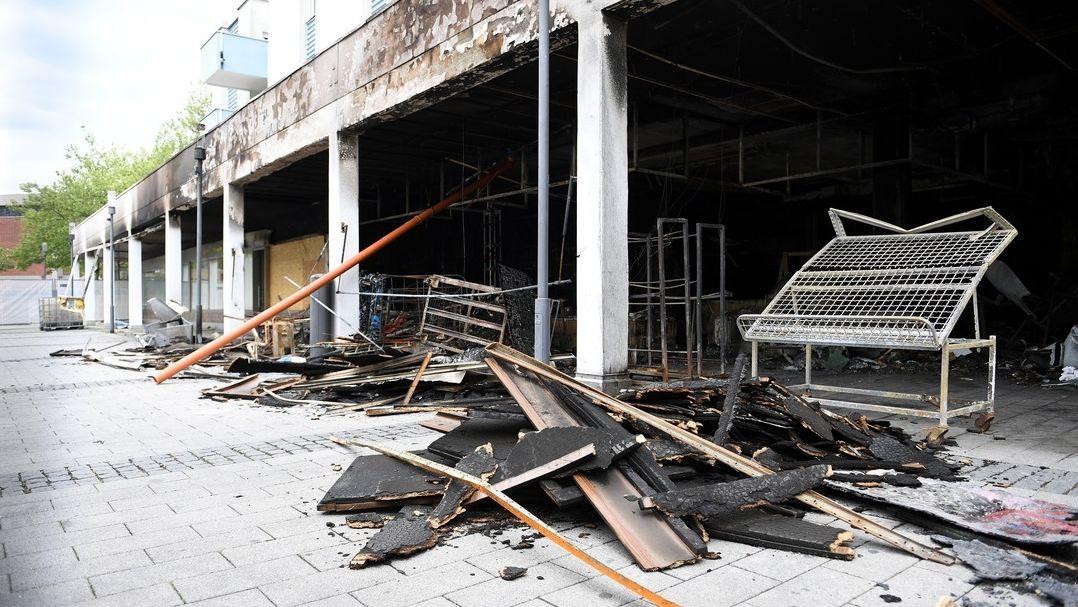 11. Mai 2020: zerstörtes Geschäft in Waldkraiburg