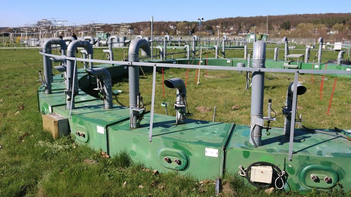 CO2-Anreicherungsringe in der Klimafolgenforschungsstation der Justus-Liebig-Universität Gießen in Linden-Leihgestern