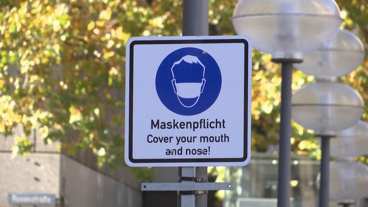 """Schild """"Maske tragen"""""""