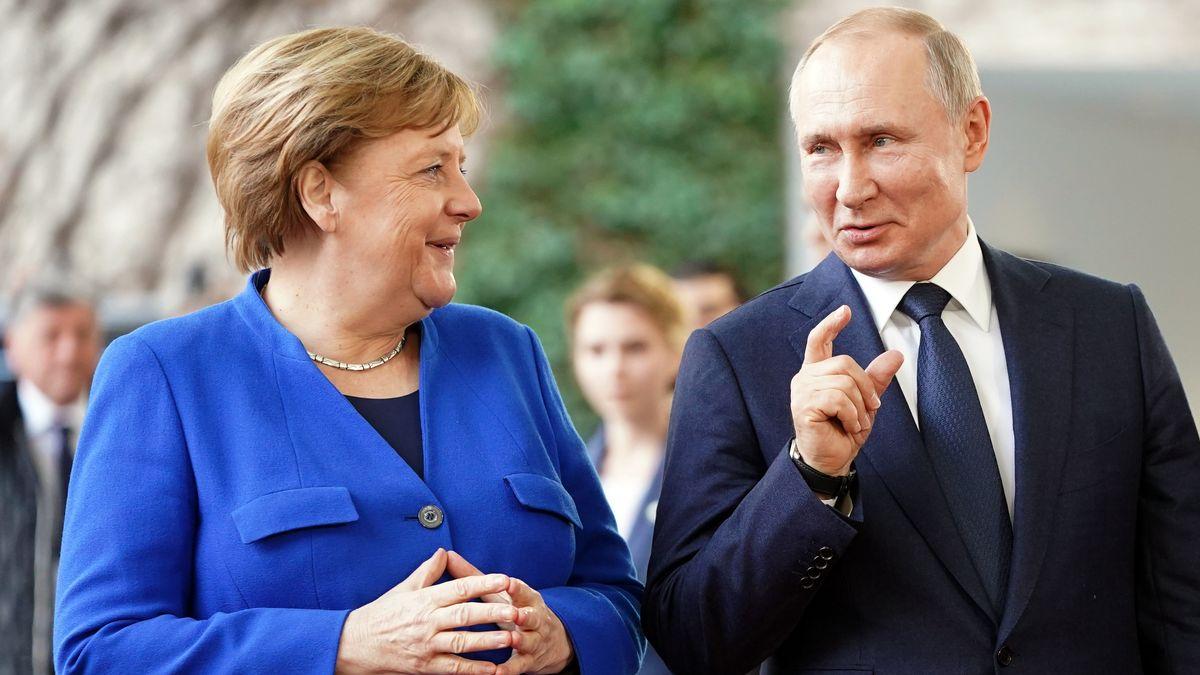 Kremlchef Wladimir Putin und Bundeskanzlerin Angela Merkel (Archivbild vom Januar 2020)