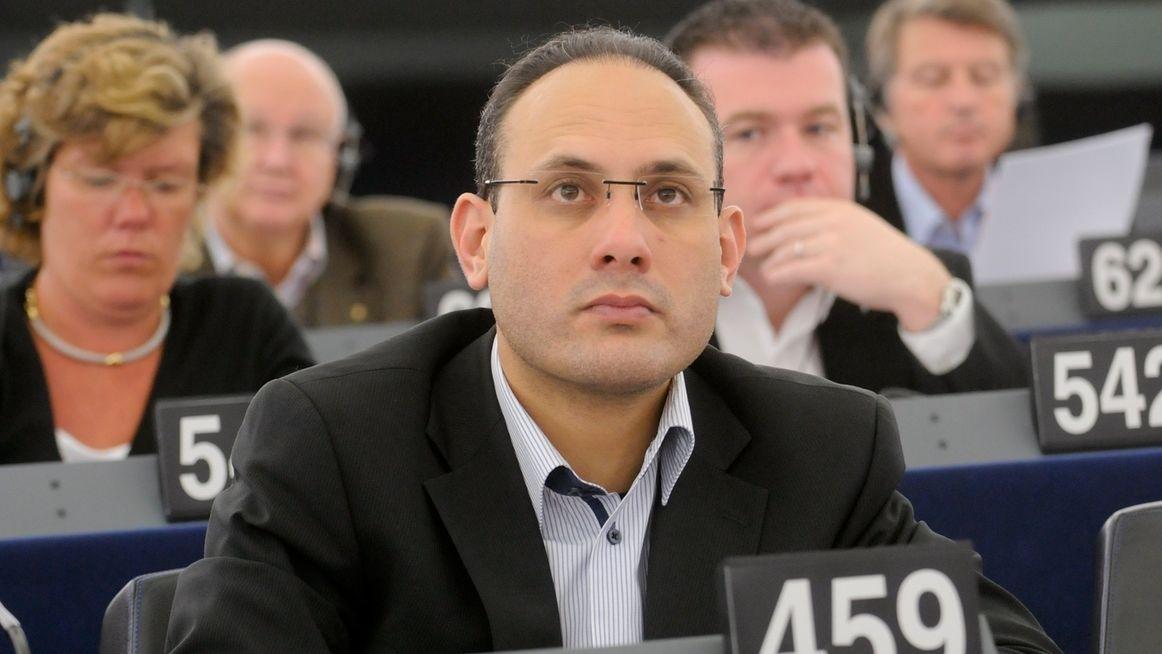 Ismail Ertug, EU-Abgeordneter, im Plenarsaal des Europäischen Parlaments in Straßburg