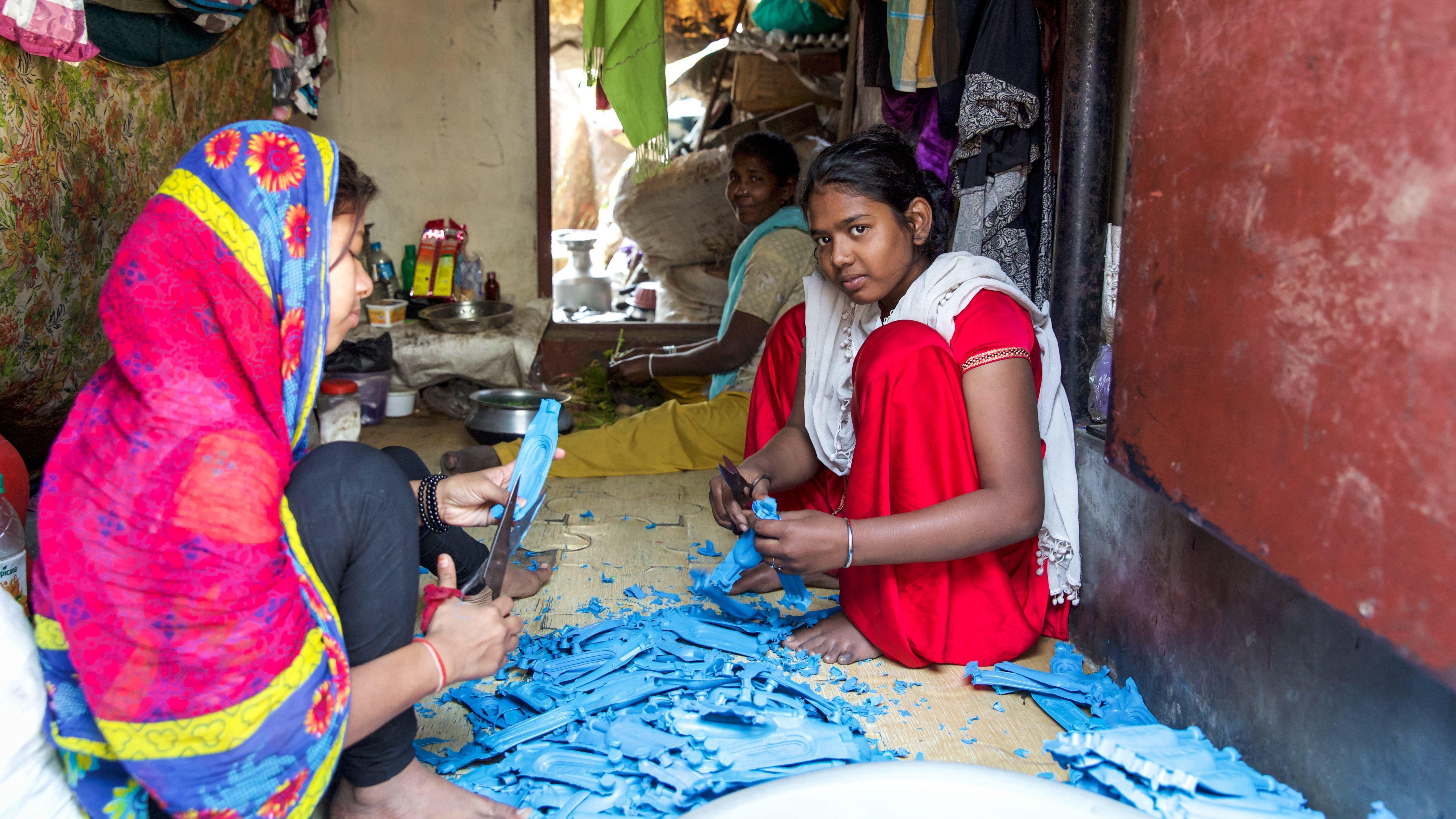 Frauen in indischem Slum