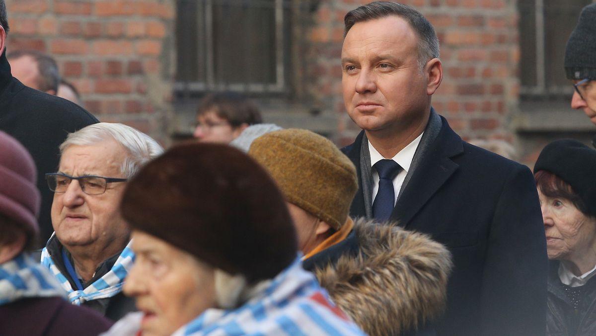 War alles ganz anders? Polens Präsident Duda und Überlebende des Holocaust in der KZ-Gedenkstätte Auschwitz-Birkenau