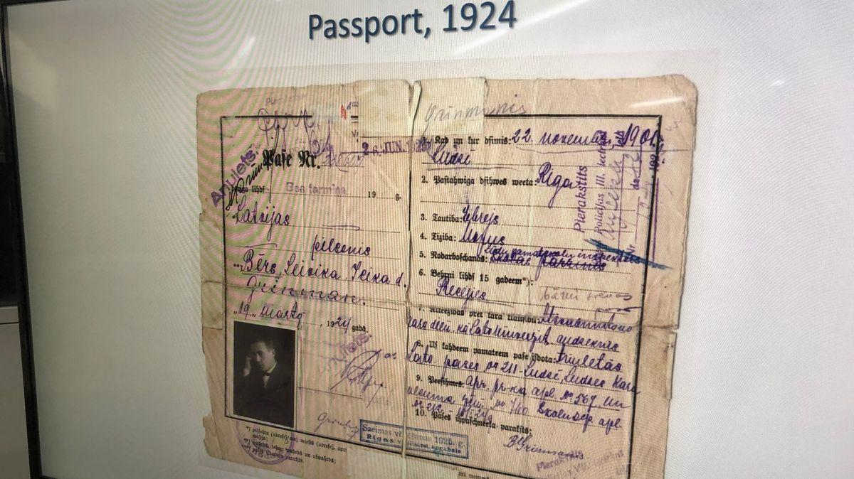 Über die Dokumente, die in Yad Vashem zusammengetragen wurden, werden Einzelschicksale von Opfern rekonstruiert.