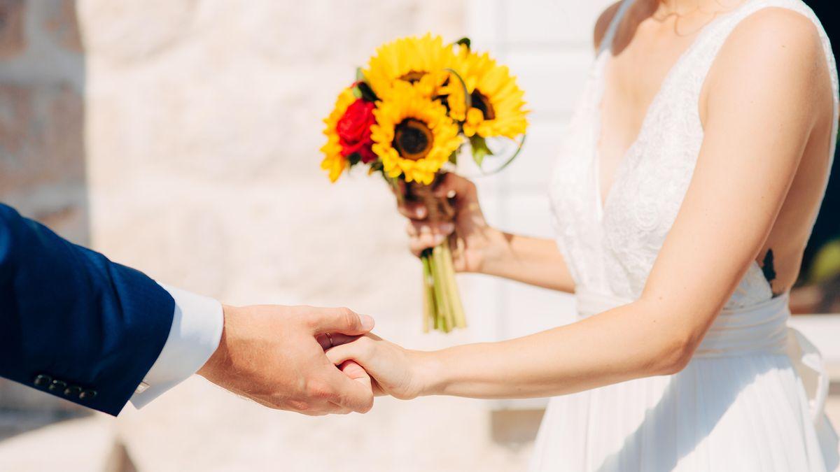 Braut und Bräutigam (Symbolbild)