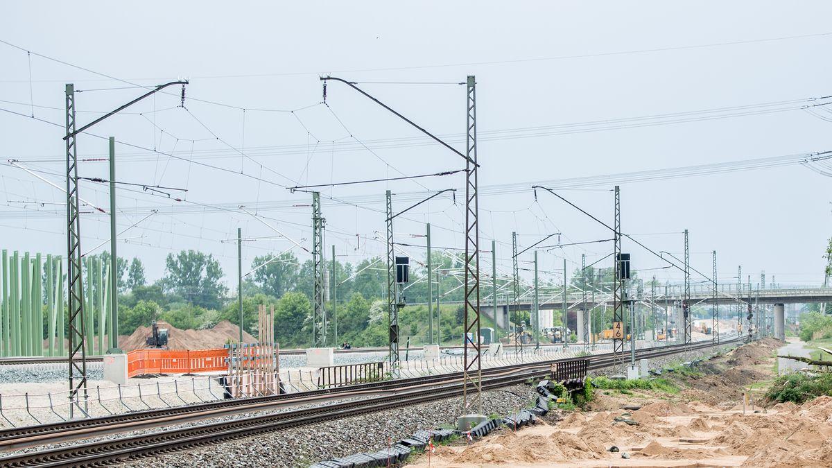 Symbolbilder - 2020 Baustelle des Ausbaus der ICE Trasse / Strecke zwischen Bamberg- Erfurt.