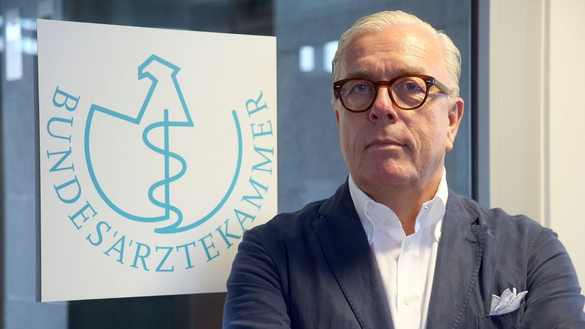 Präsident der Bundesärztekammer Dr. Klaus Reinhardt