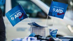 Ein Info-Stand der AfD in München. | Bild:Sachelle Babbar/dpa/ ZUMA Press/ ZUMA Wire
