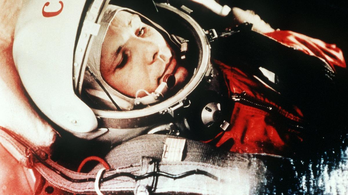 Juri Gagarin, Kosmonaut der Sowjetunion, war der erste Mensch im Weltall.