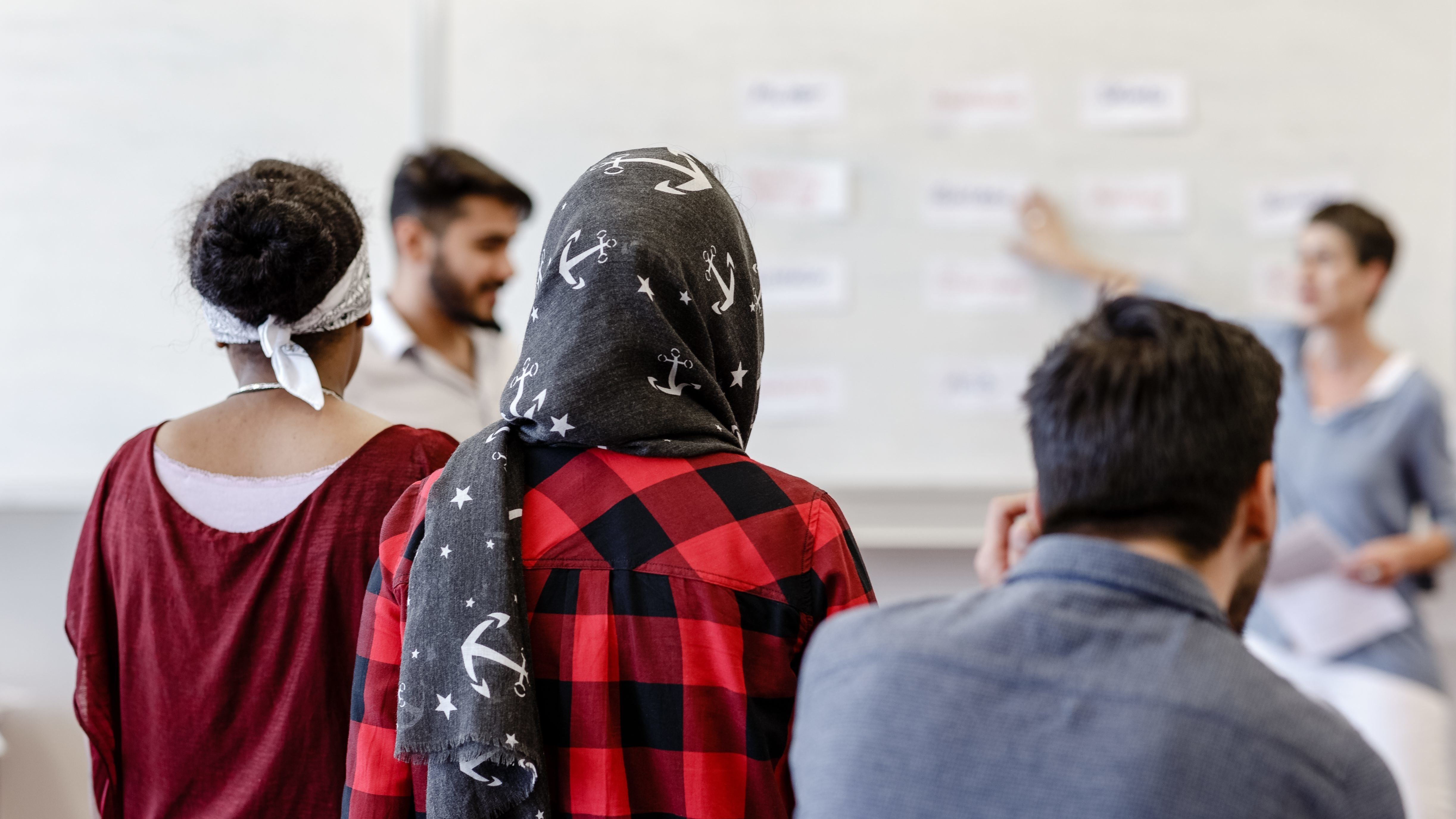 Asylbewerber bei einem Deutschkurs in Hamburg.