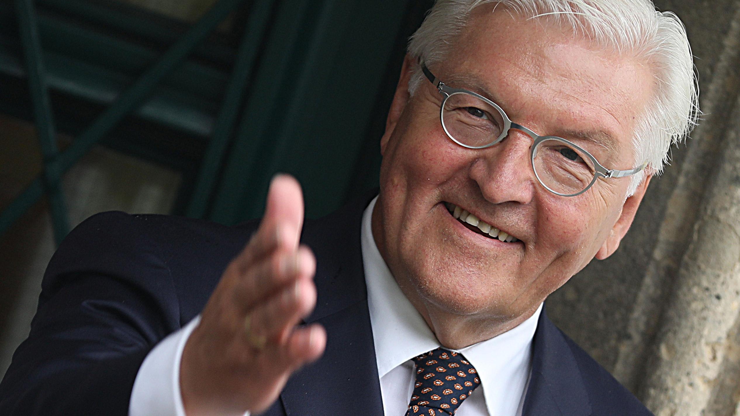 Frank-Walter Steinmeier wirbt für das Lesen