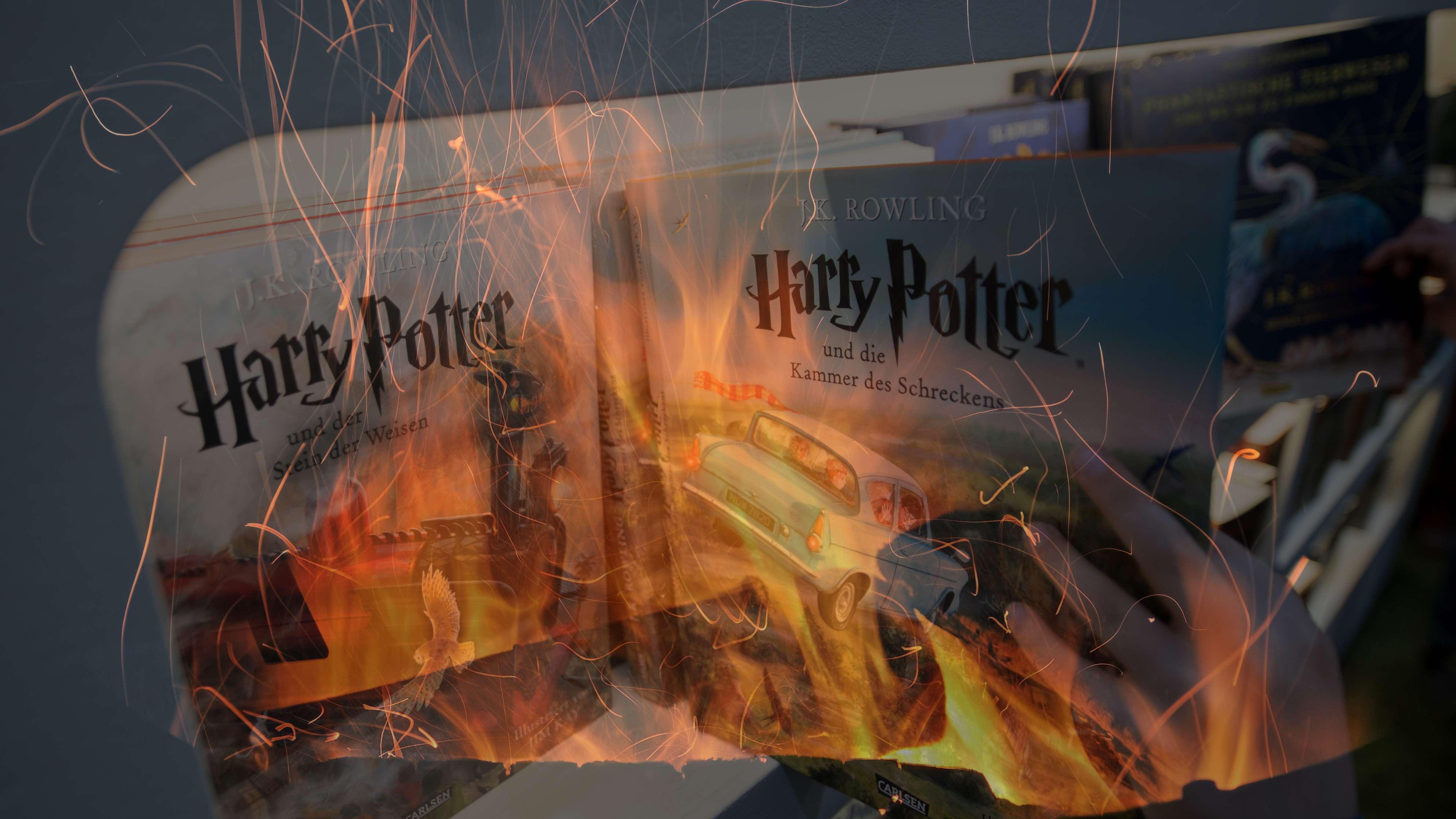 Harry-Potter-Buch im Feuer
