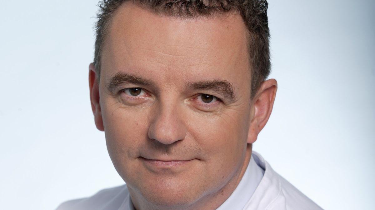 Chefarzt Clemens Wendtner von der Klinik für Infektiologie in der München Klinik Schwabing