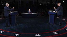 TV-Duell: Trump und Biden liefern sich heftigen Schlagabtausch | Bild:picture alliance / AP Images