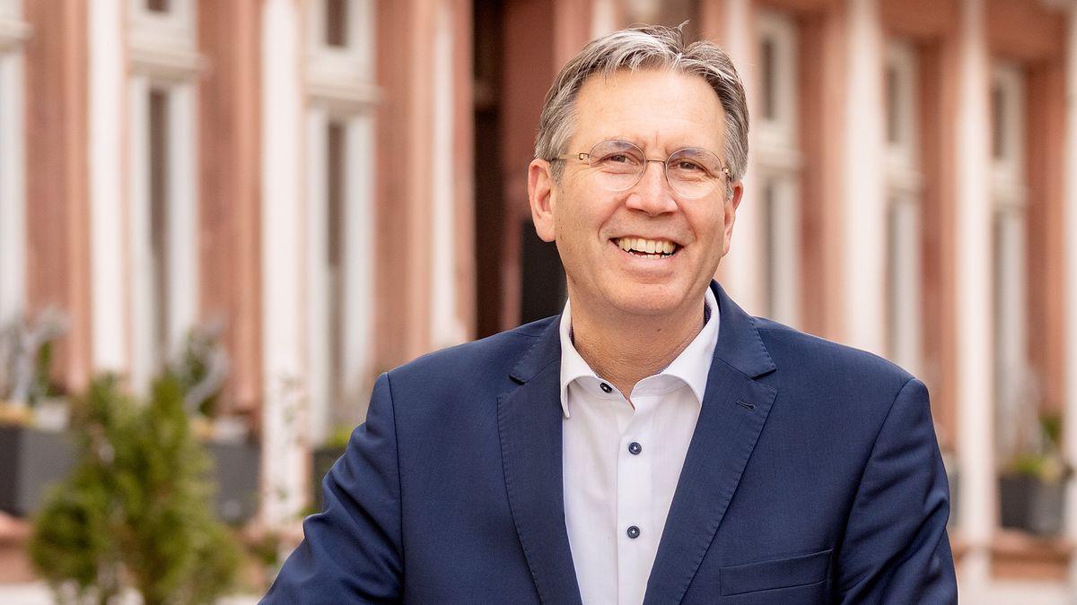 Aschaffenburgs neuer Oberbürgermeister Jürgen Herzing von der SPD