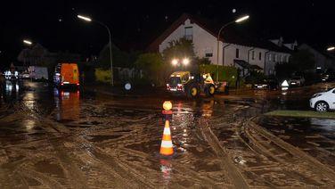 Der Starkregen in Landsberg spülte den Schlamm von einem benachbarten Acker ins Wohngebiet. | Thorsten Jordan
