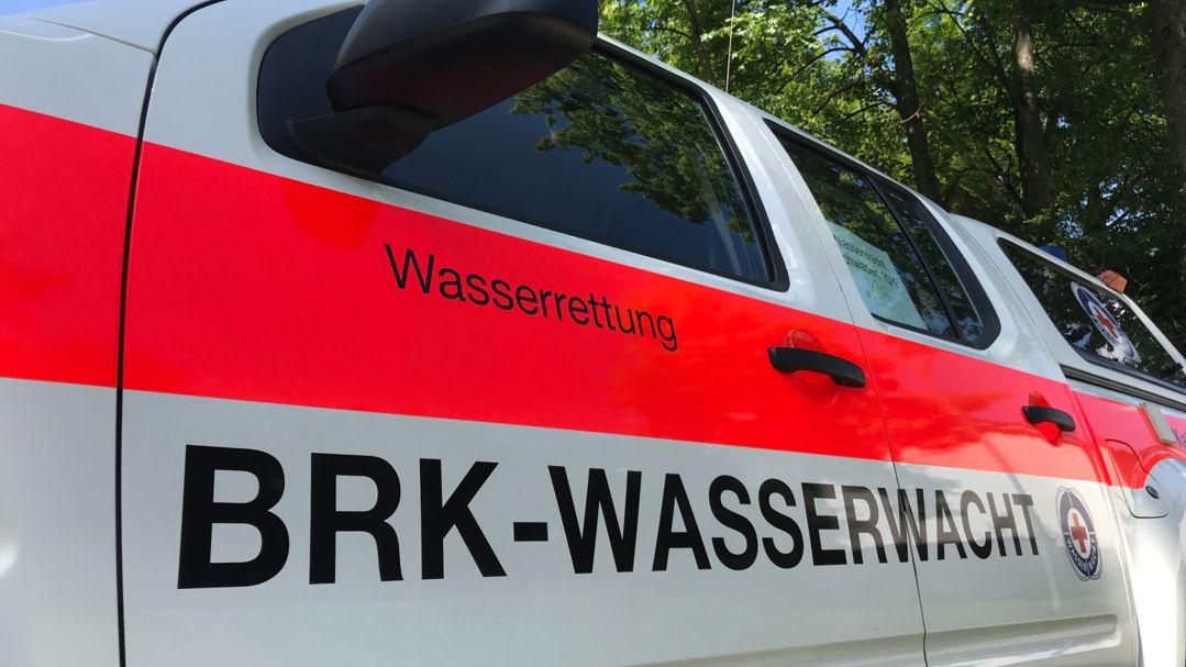 Einsatzfahrzeug der BRK-Wasserwacht (Symbolbild)